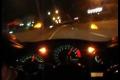比的就是速度 本田CBR 600街头大战日产350Z